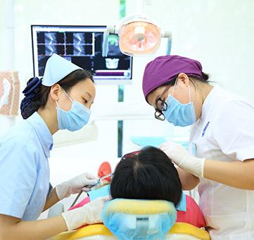 医生经验丰富,让您放心看牙